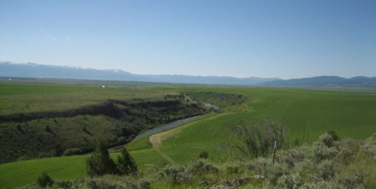 9495 River Rim Ranch, Tetonia